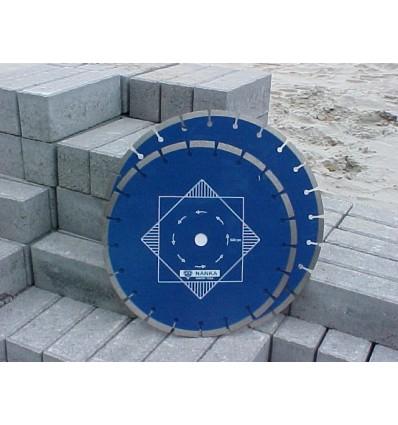 Beton-doorslijpmachine